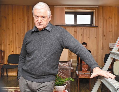 Симон Злотников
