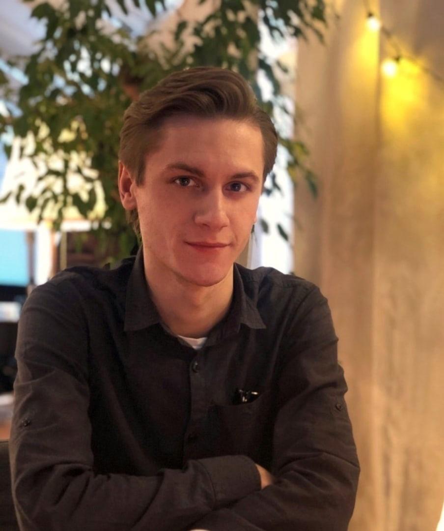 Антон Седов